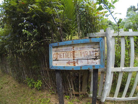 Buscando olas en Sainte Marie (Madagascar): La isla de los Piratas.