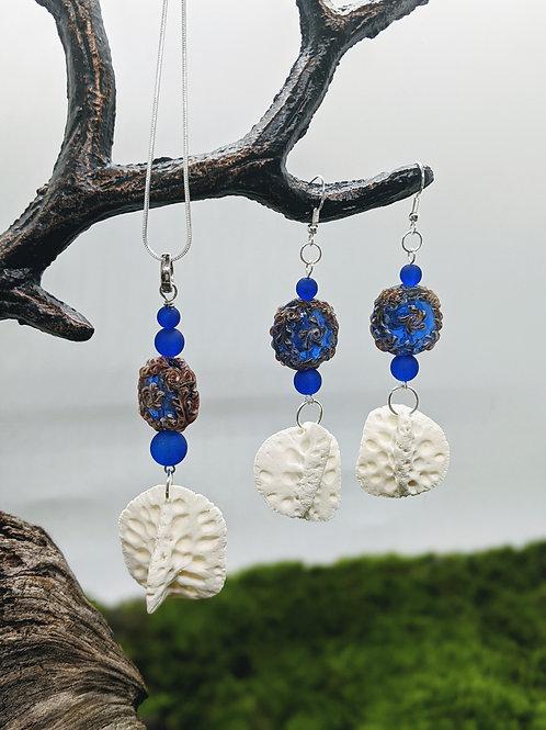 American Alligator Osteoderm Earrings & Necklace Set w/Blue Floral Bead (Glass)