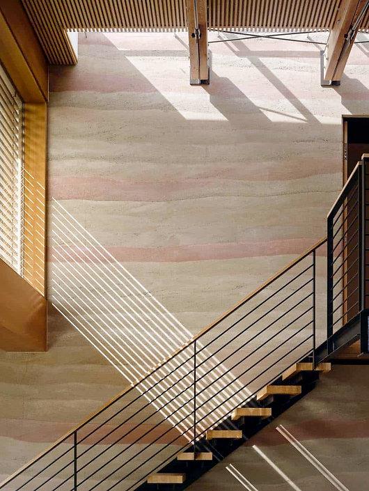 Modern-Rammed-Earth-House-Feldman-Archit