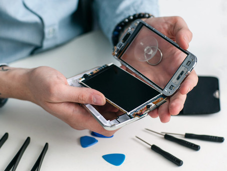 Challans (85) : Ce réparateur d'iPhone fait un carton