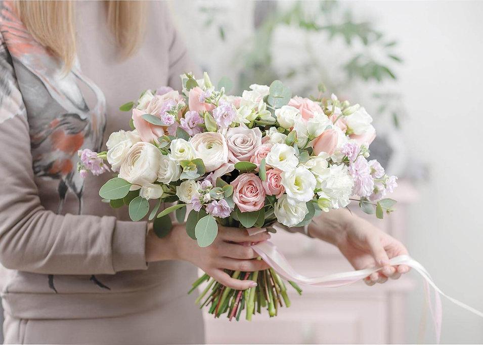kiosque art et fleurs 2 (1).jpg