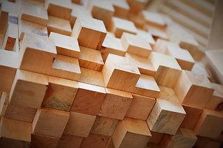 planche à découper artisanale en bois massif, billot de boucher