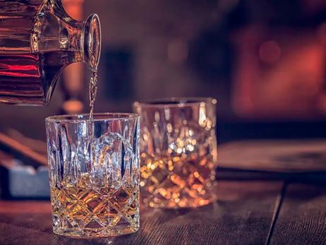 Quels sont les alcools les plus forts du monde ? Tour d'horizon.