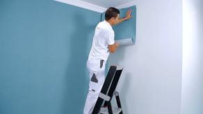 Poser du papier peint : quel matériel acheter pour tapisser proprement?