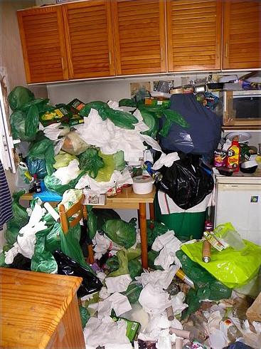 maison remplie d'ordures comment vider