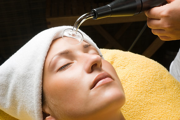 Club Recharge Skin Lab High Frquency Facial