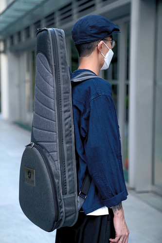 H80K Headless Bag 02.jpg