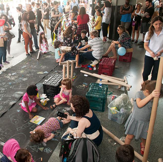 Oficina Espaços Públicos no Sesc Paulista. Foto: André Jensen