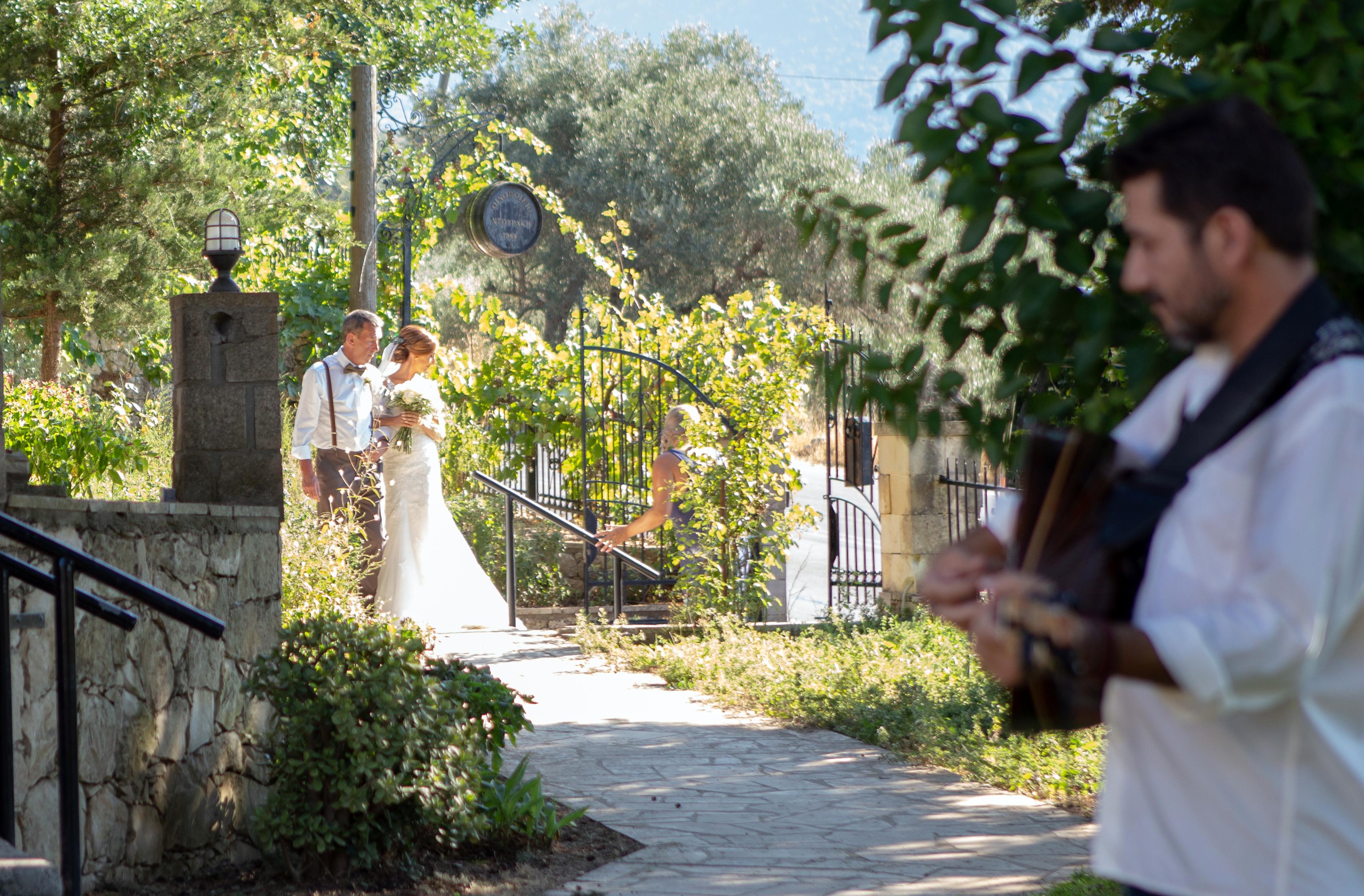 Winery wedding Crete