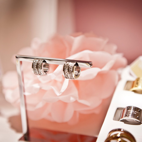 4 expert tips for gifting jewellery to your bridal party