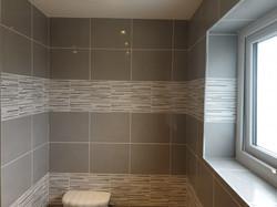 Bathroom,ceramic tile