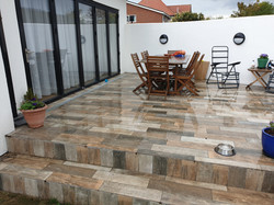 Outdoor wood efect porcelain tile(1)
