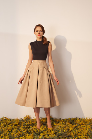 """Simple"" top and ""Mogambo"" skirt"