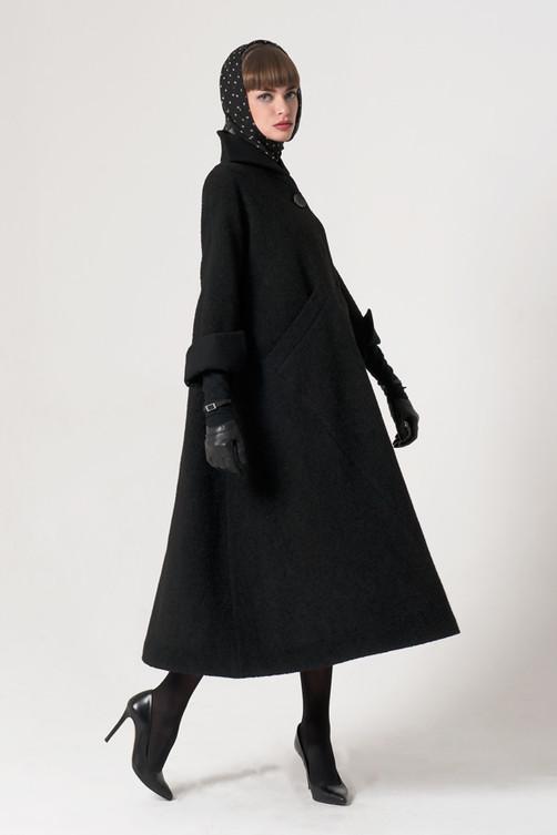 """Agatha"" coat"