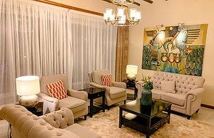 uganda_accomm_hotelno5_lounge.jpg