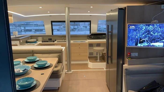 catamaran_003.jpg