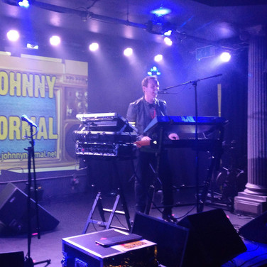 JOHNNY NORMAL