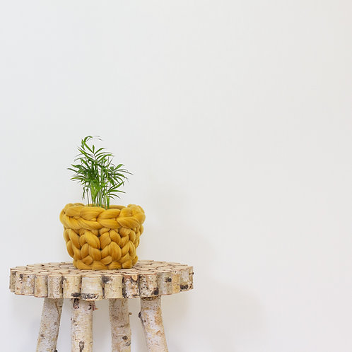 Small Knitted Plant Pot