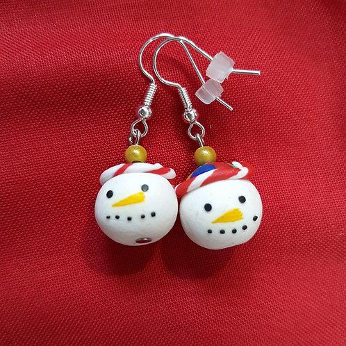 Christmas snowmen drops with yellow bead