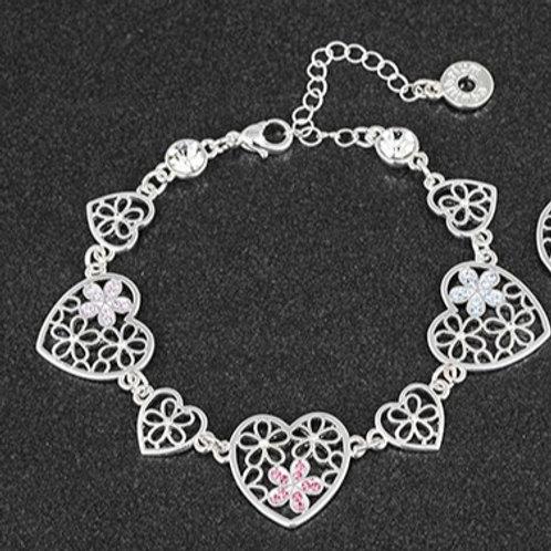 Floral heart shaped bracelet