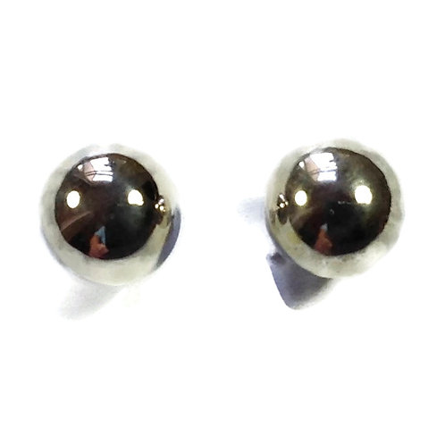 Silver 6mm studs