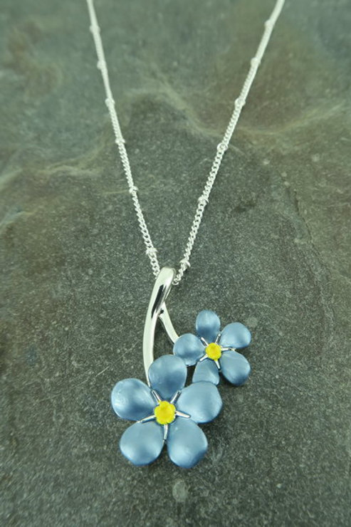 Forget me knot pendant