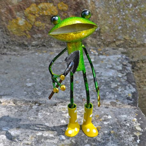 Garden ornament, gardening frog
