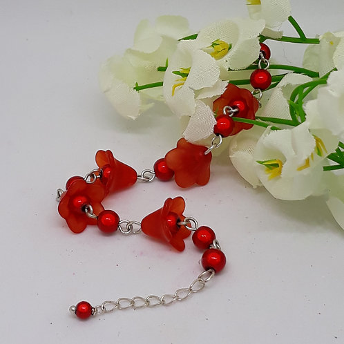 Red Lucite flower beaded bracelet