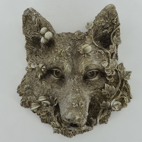 Woodland wall plaque with wolf