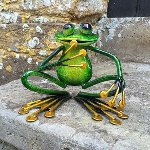 Garden ornament, crouching frog