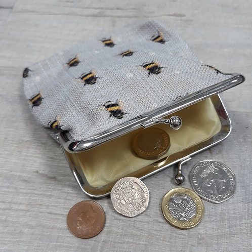 Bee purse