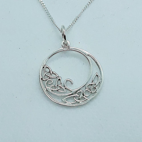 Silver celtic knot circle necklace