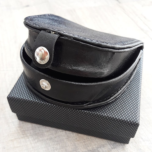 Black rigid coin purse