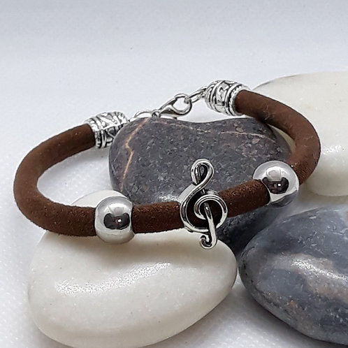 Brown cord fabric bracelet with trebleclef