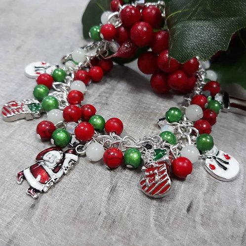 Beaded Christmas charm bracelet