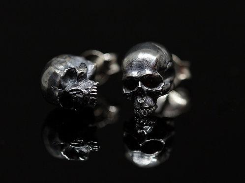 Orecchini a lobo small skulls