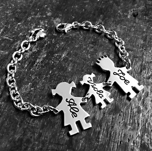 Bracciale Family con catena media e un bimbo.