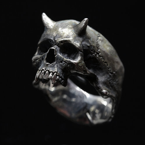 Devil Skull ring half jaws