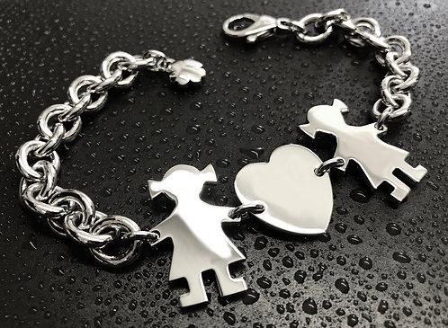 Bracciale con catena grossa, cuore e due bimbe cm.3