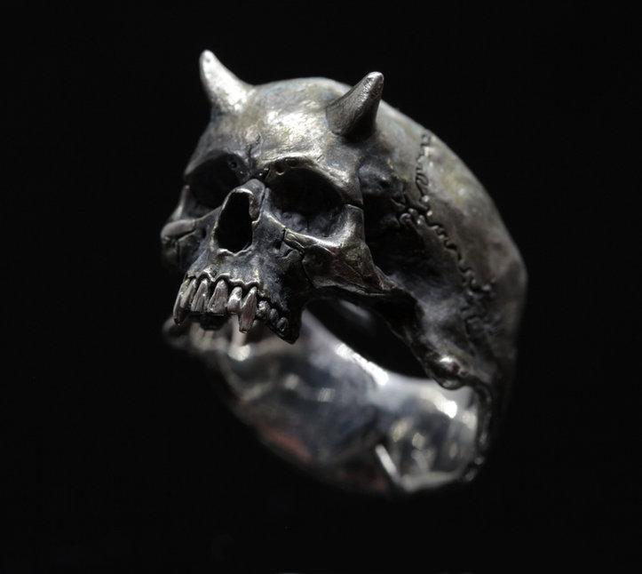 Devil ring .jpg