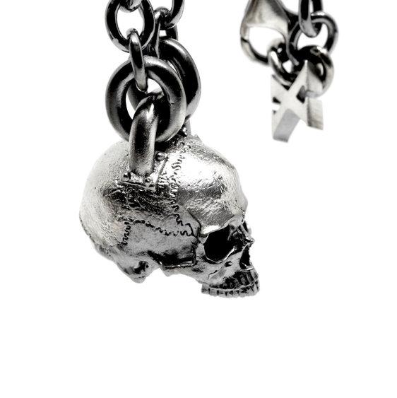 Skull pendant.jpg