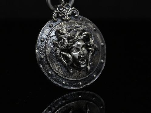 Collana Scudo di Athena