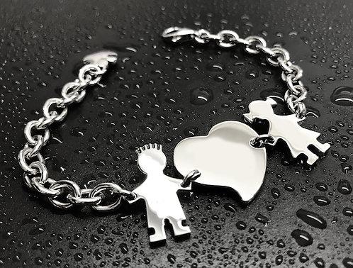 Bracciale con catena media, cuore e due bimbi cm.2