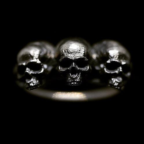 3 Skull Ring