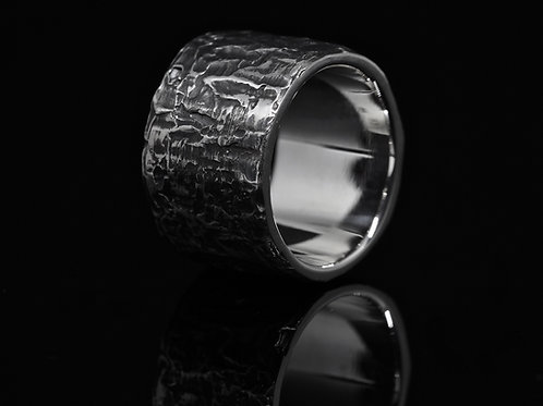 Lignum Band ring