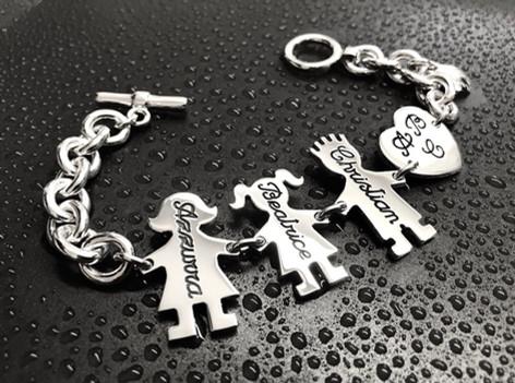 Bracciale con catena grossa, chiusura t-bar, Mamma, Papà, bimba cm.2,5 e cuore dritto