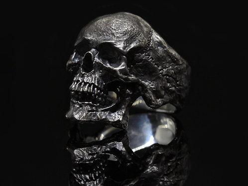 Dark Metal Skull Ring