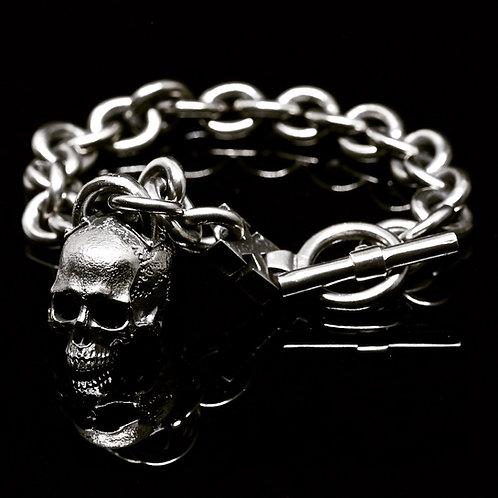 Skull pendant bracelet
