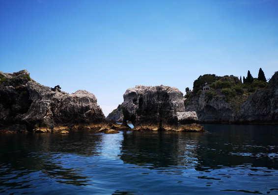 elephant stone taormina boat
