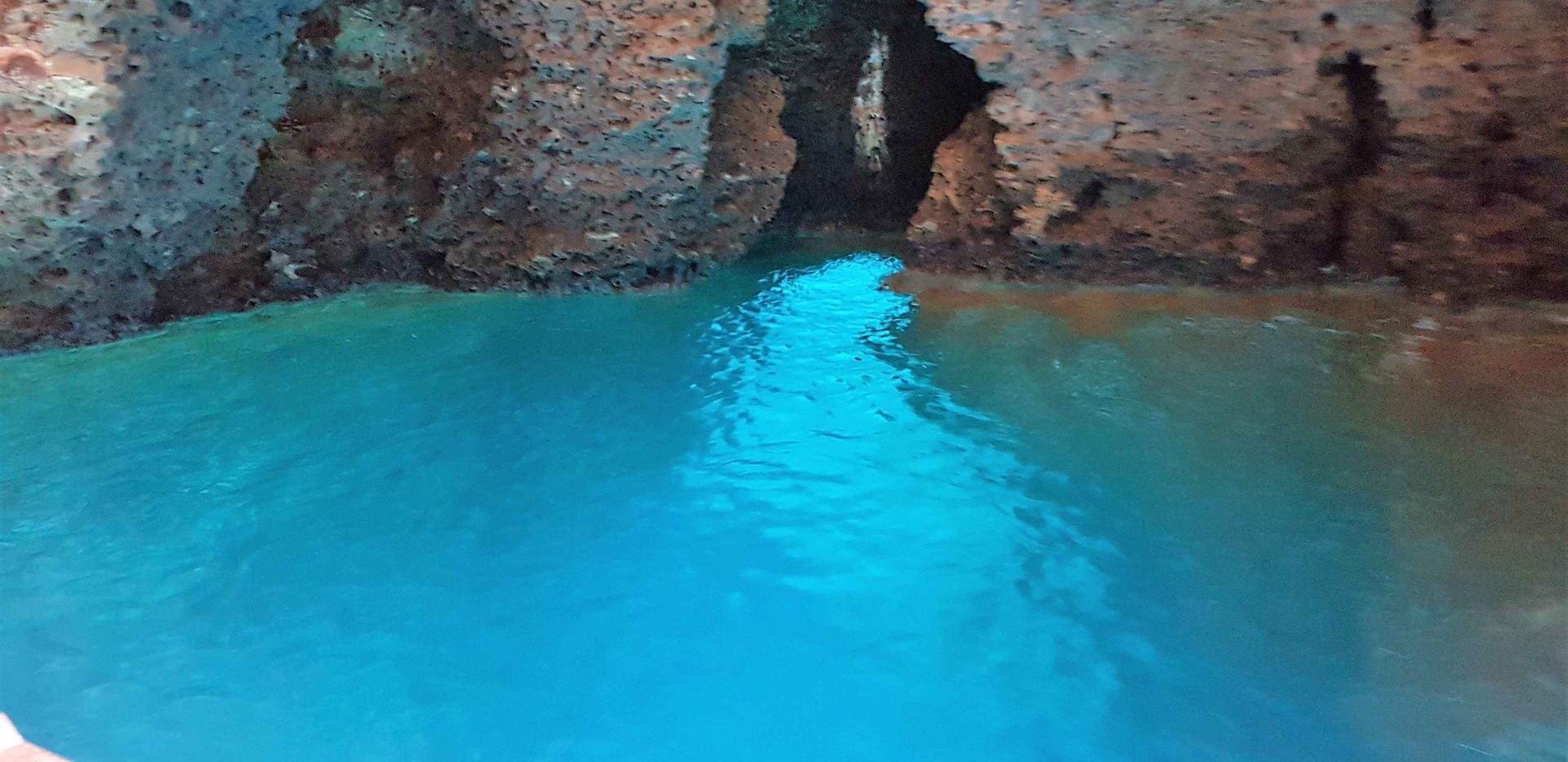 grotta compre 1.jpg